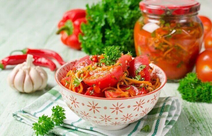 Самые вкусные салаты из помидор на зиму, лучшие рецепты пошагово с фото (топ 7)