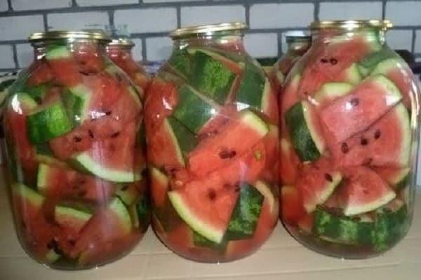 Кусочки ароматного лета или как приготовить компот из арбуза на зиму?