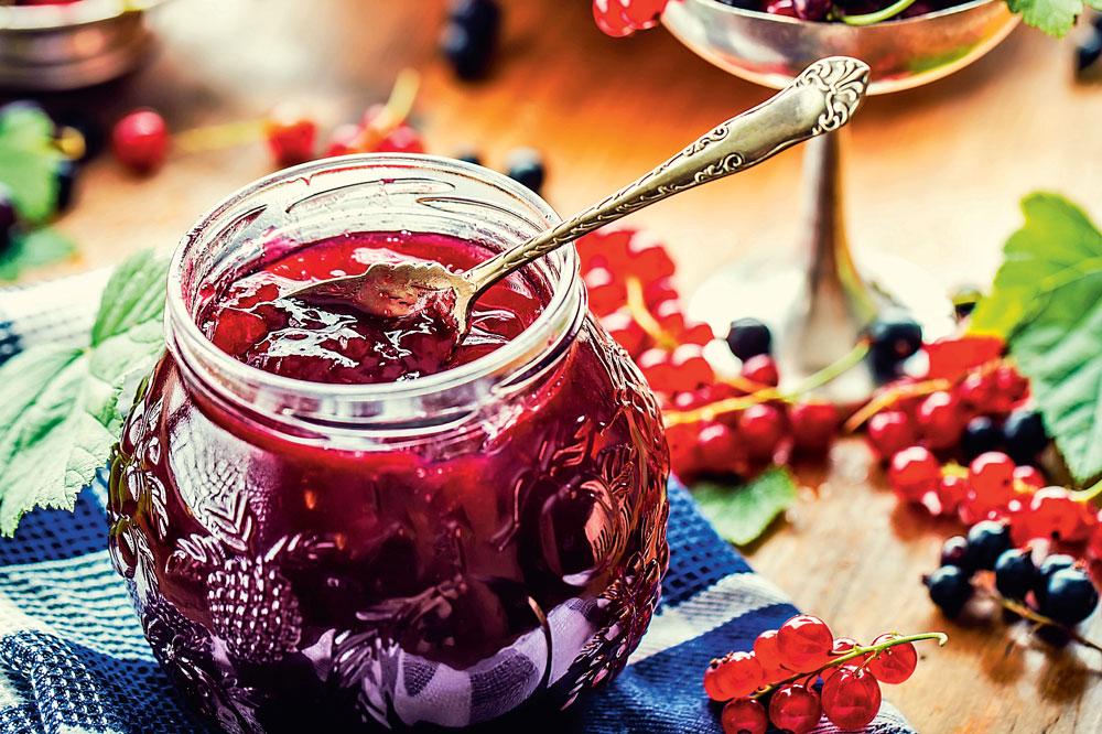 Варенье из красной смородины: 10 простых рецептов на зиму