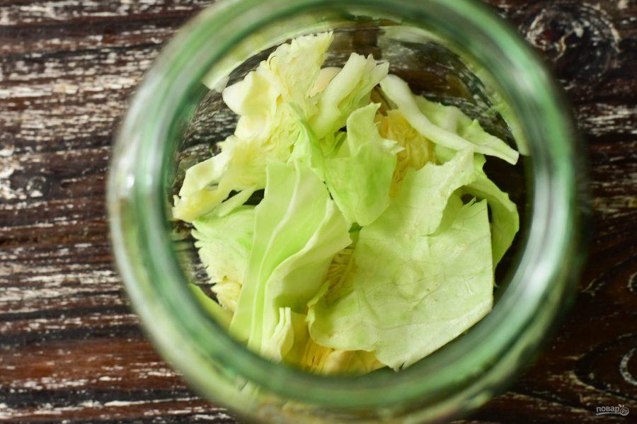 Топ 5 рецептов приготовления огурцов в банках консервированных брожением на зиму