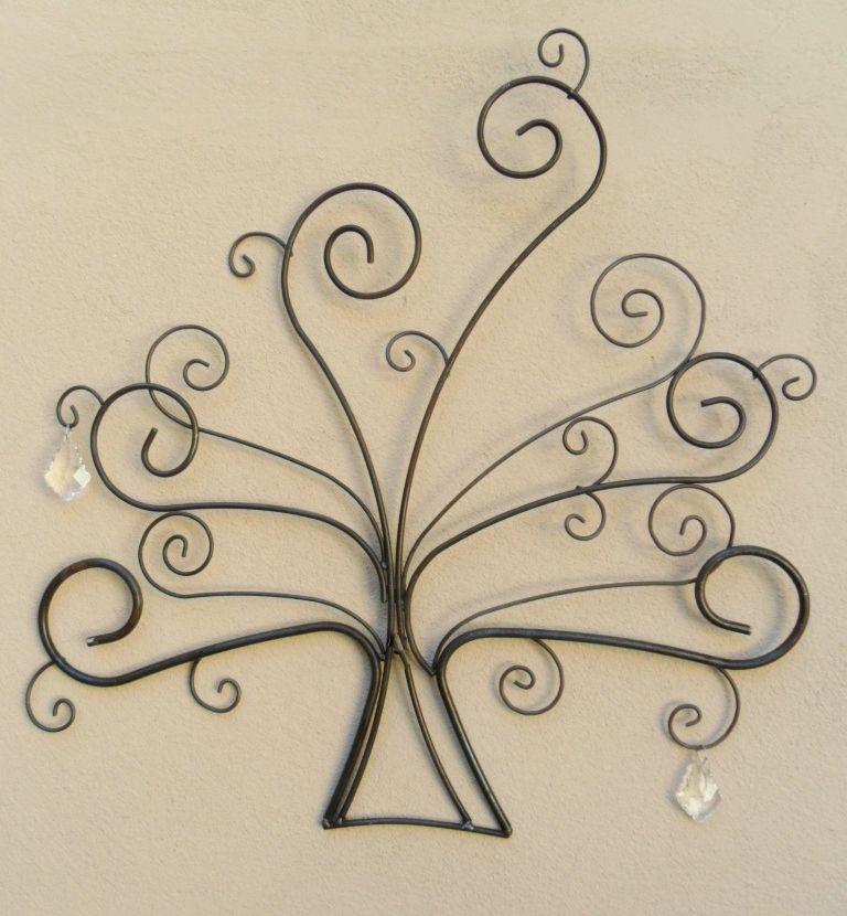 Кованые изделия: сувениры и узоры художественной ковки, эскизы элементов и станки для работы