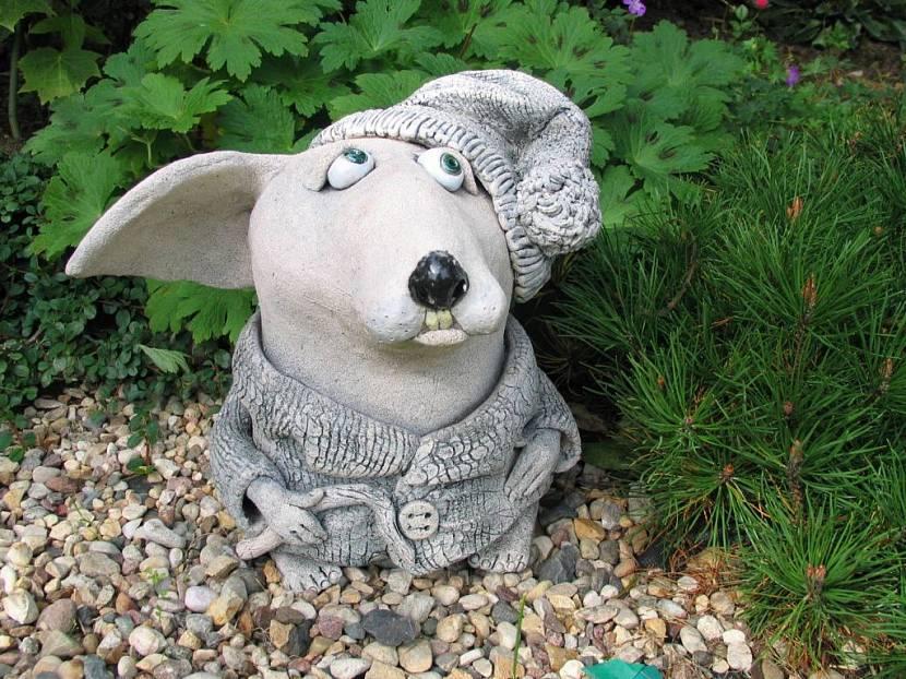 Топиарий из искусственной травы: зеленые фигуры на газоне в саду, шары, животные и другие идеи. как сделать топиарий?