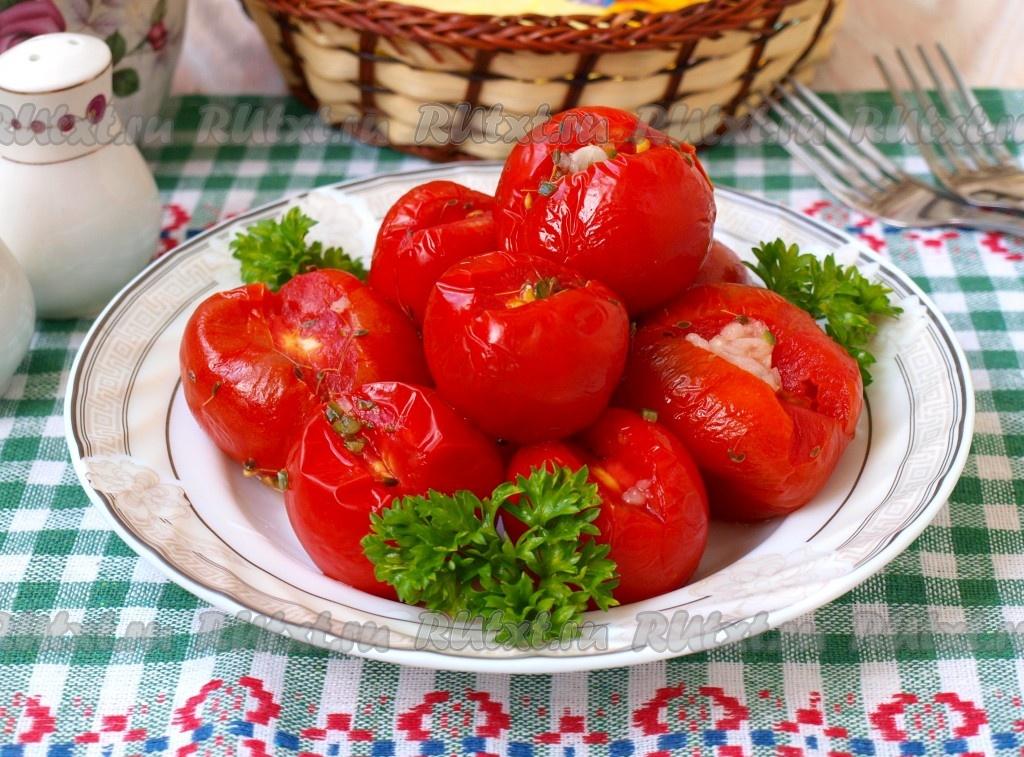 Малосольные помидоры 8 рецептов быстрого приготовления –  в банке, в пакете быстрый рецепт за 5 минут, в кастрюле и другие