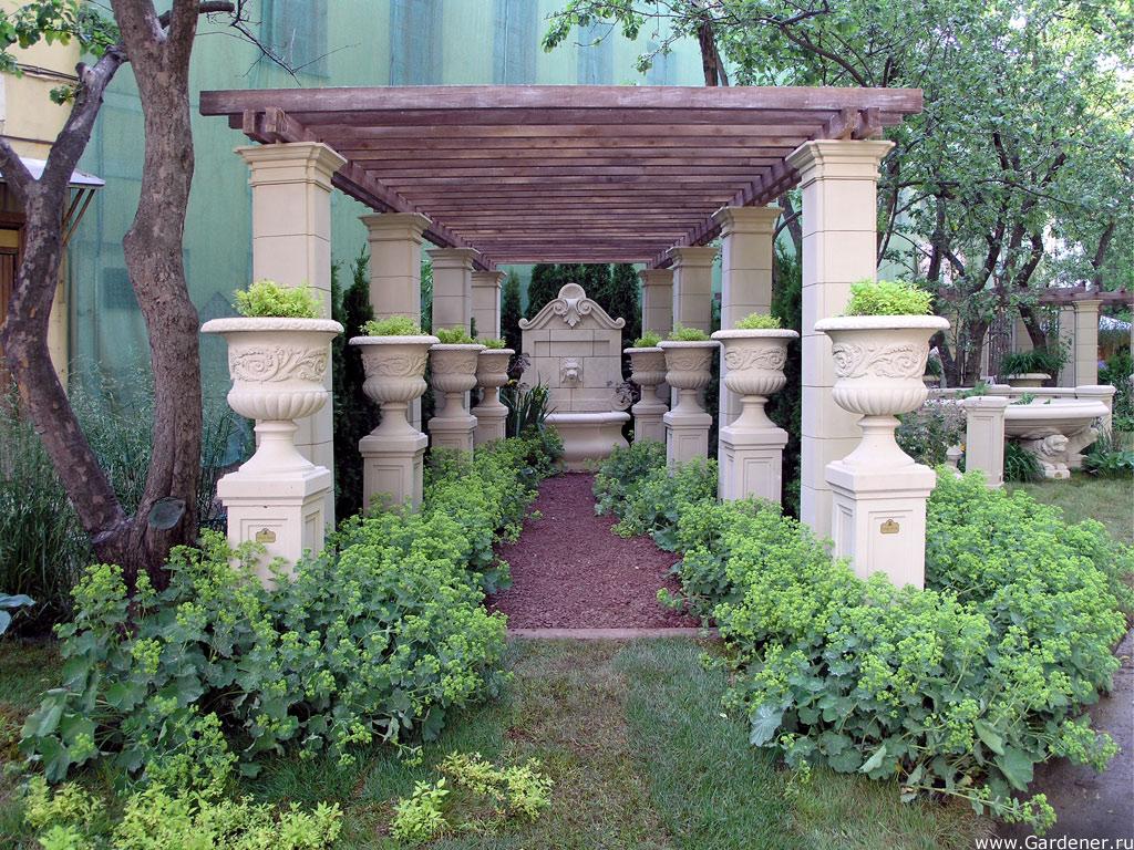 Использование малых архитектурных форм — оригинальный декор ландшафта в обзоре (146 фото)