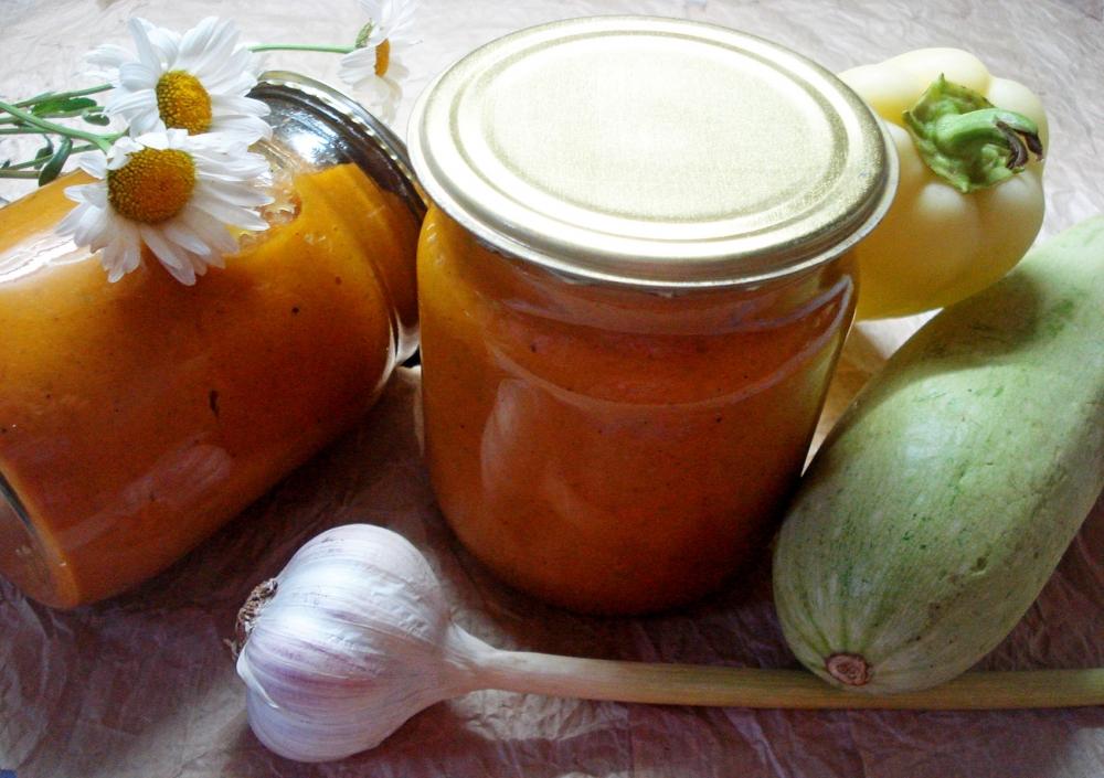 ТОП 10 рецептов консервированной кабачковой икры с майонезом и томатной пастой на зиму как в магазине