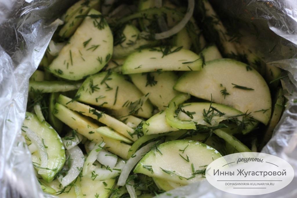 Малосольные кабачки быстрого приготовления рецепт. малосольные цуккини