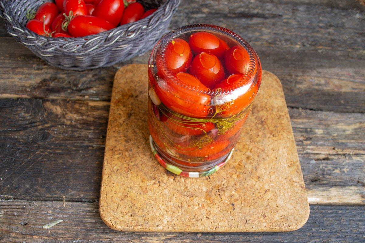 Сладкие маринованные помидоры на зиму - самые быстрые и вкусные