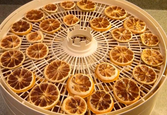 Как надолго сохранить лимоны свежими: секреты правильного обращения с цитрусами в домашних условиях