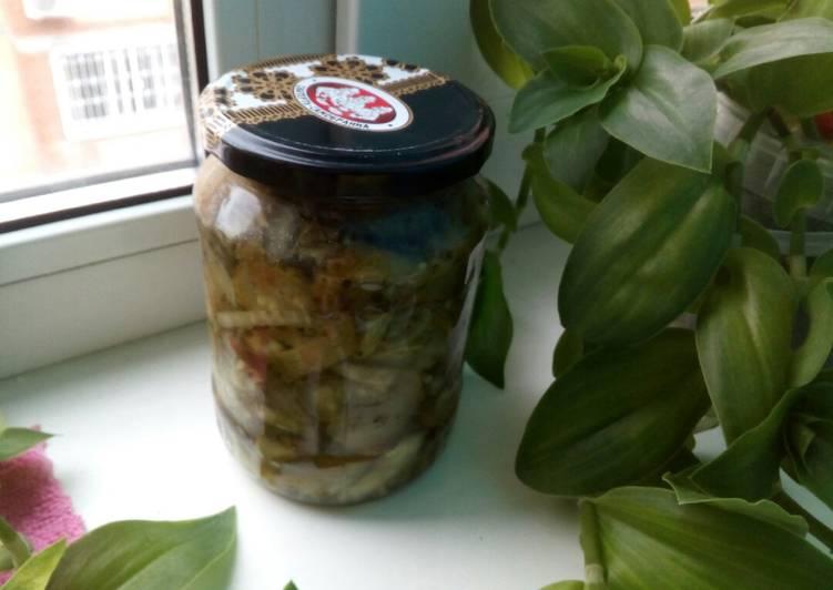 Топ 16 рецептов приготовления острых консервированных огурцов на зиму
