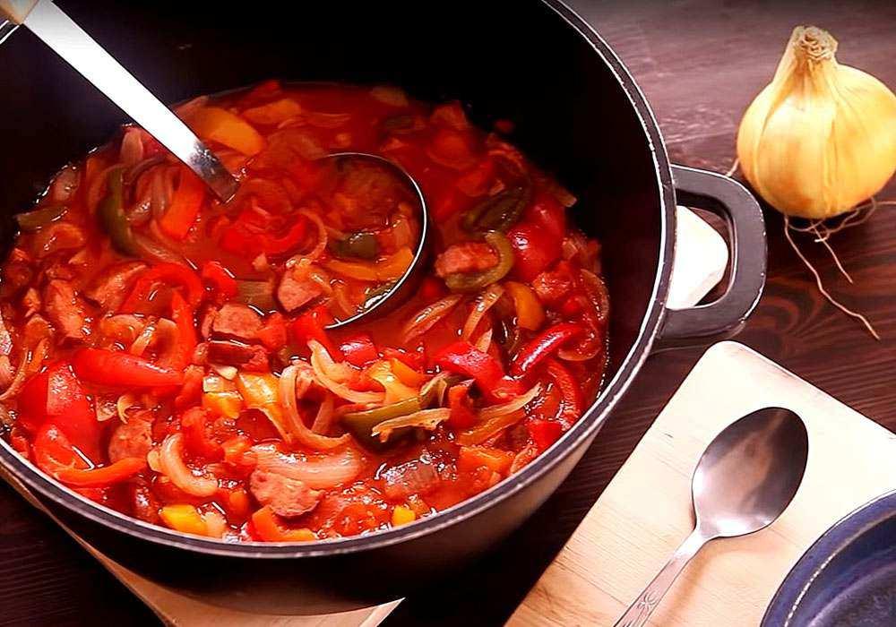 Лечо из помидор, перца, моркови и лука на зиму — рецепты приготовления без стерилизации