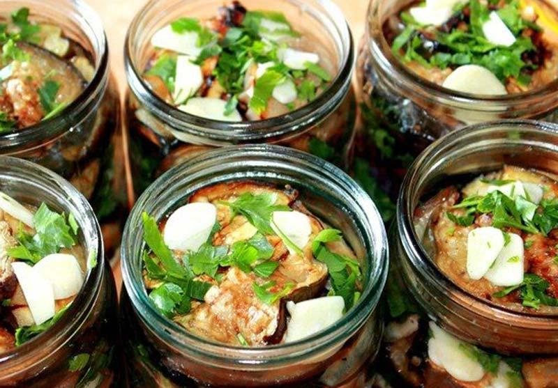 Маринованные баклажаны - рецепты быстрого приготовления, с чесноком, морковью, зеленью и на зиму