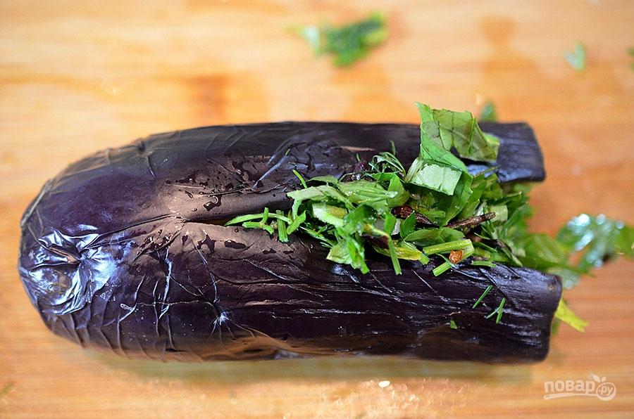 Приготовление баклажанов с морковью и чесноком