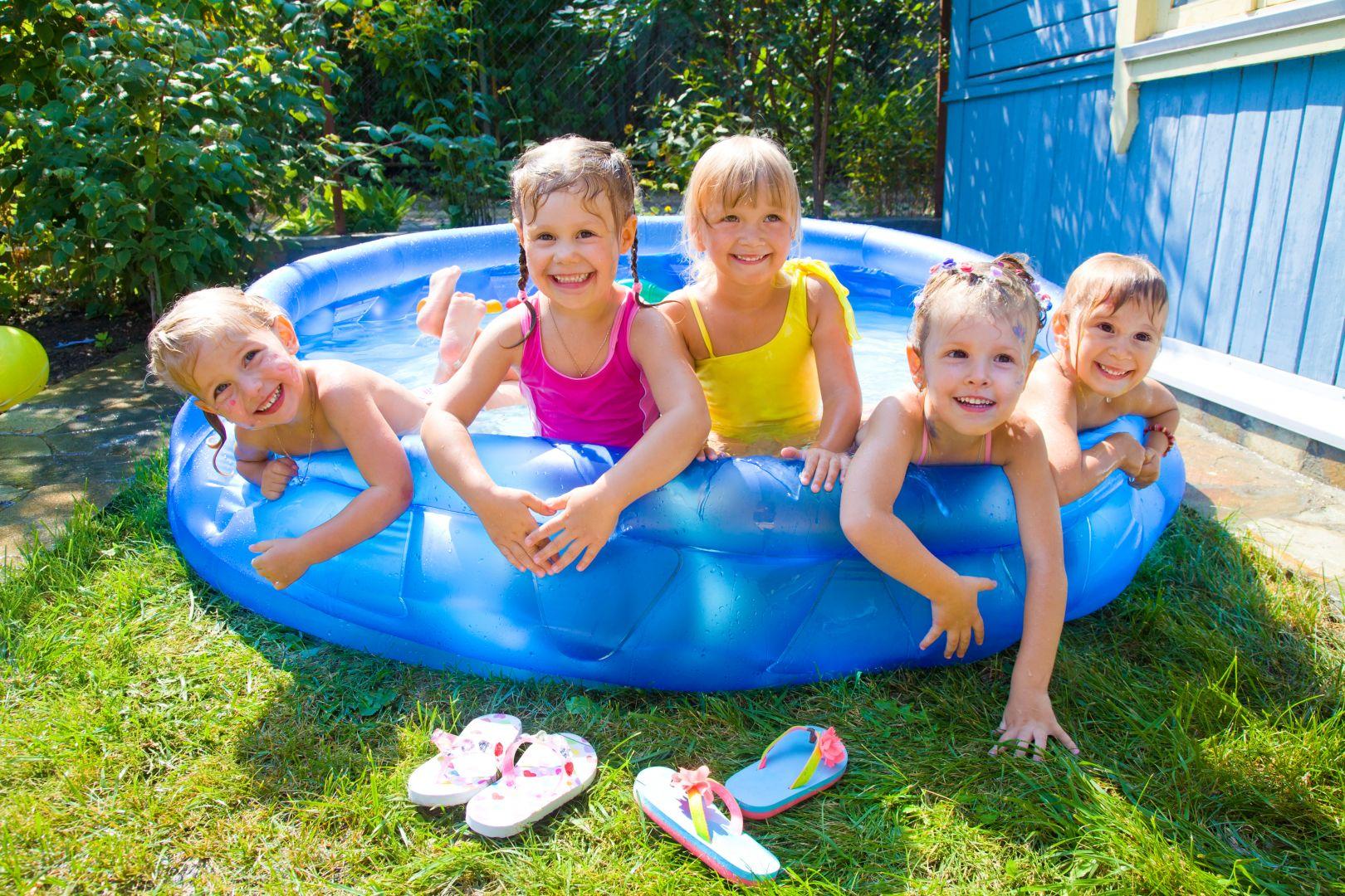 Какой лучше выбрать бассейн: каркасный или надувной?