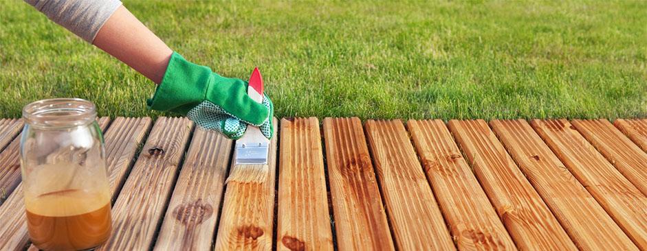 Защита от влаги, гниения и насекомых: пропитки для дерева и деревянных конструкций