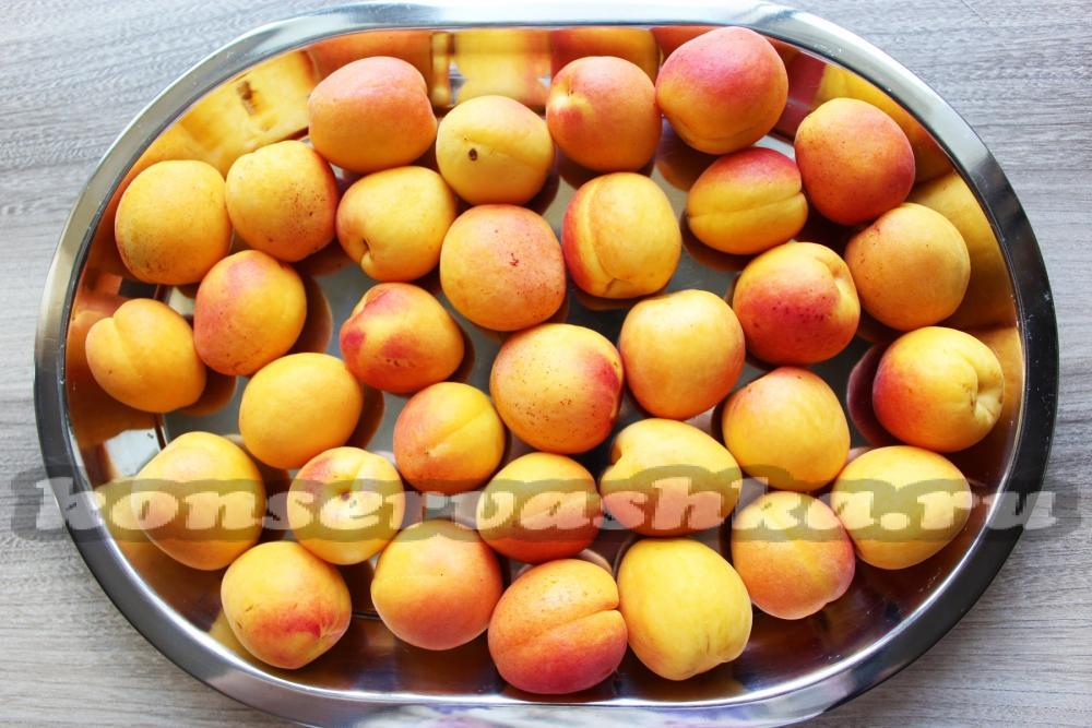 Можно ли замораживать абрикосы на зиму в морозилке свежими, с сахаром и без сахара