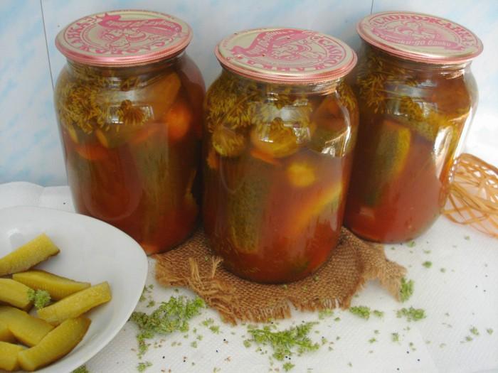 Как приготовить огурцы в аджике на зиму - рецепты классические и без стерилизации