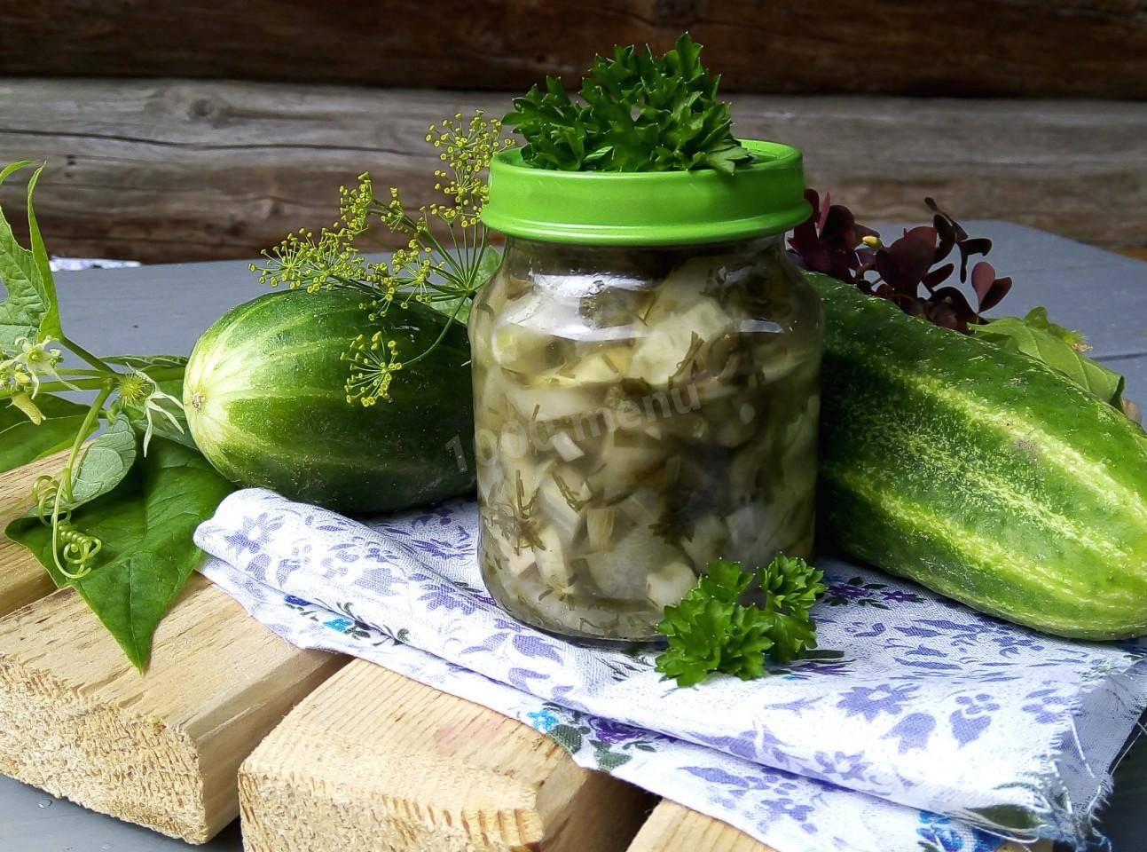 Топ 3 рецепта огурцов в листьях хрена с пошаговым описанием на зиму