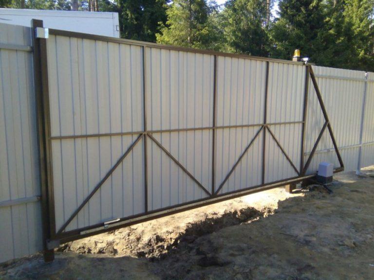 Дачные ворота для частного дома: установка ворот с калиткой своими руками