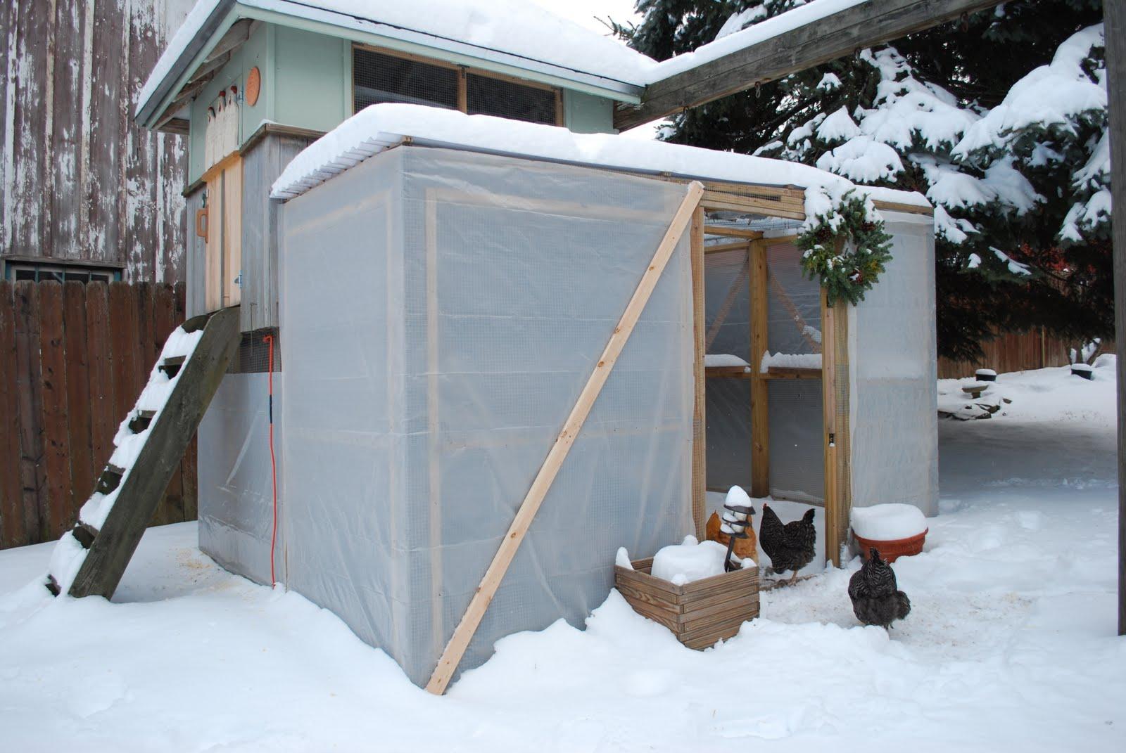 Как утеплить дачный дом для зимнего проживания