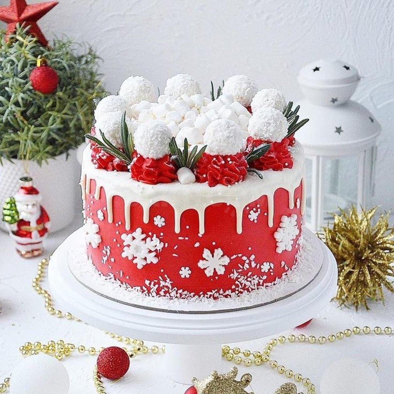 Как испечь и украсить торт на новый год. рецепты вкусных новогодних тортов с фото, описанием и видео | inwomen