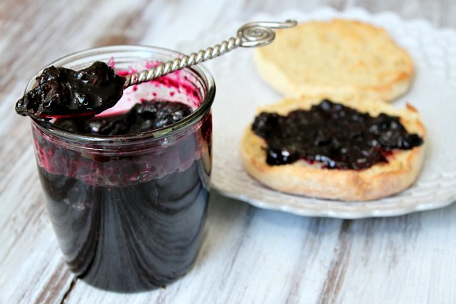 Варенье из черники пятиминутка на зиму: 5 простых рецептов с фото пошагово