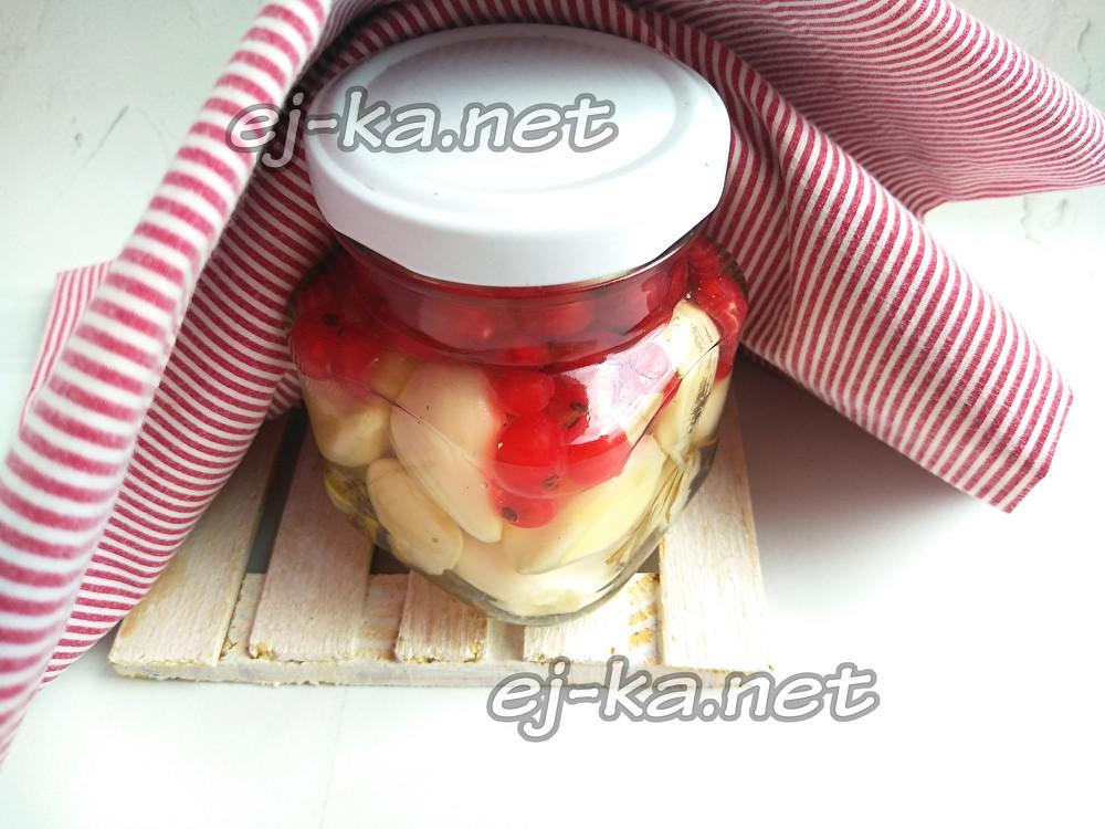 Чеснок, маринованный в соке красной или белой смородины. смородина. сажаем, выращиваем, заготавливаем