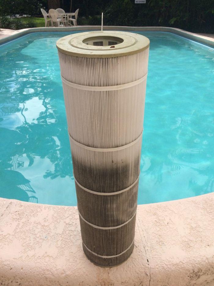 Несложная инструкция, как засыпать песок в фильтр для бассейна