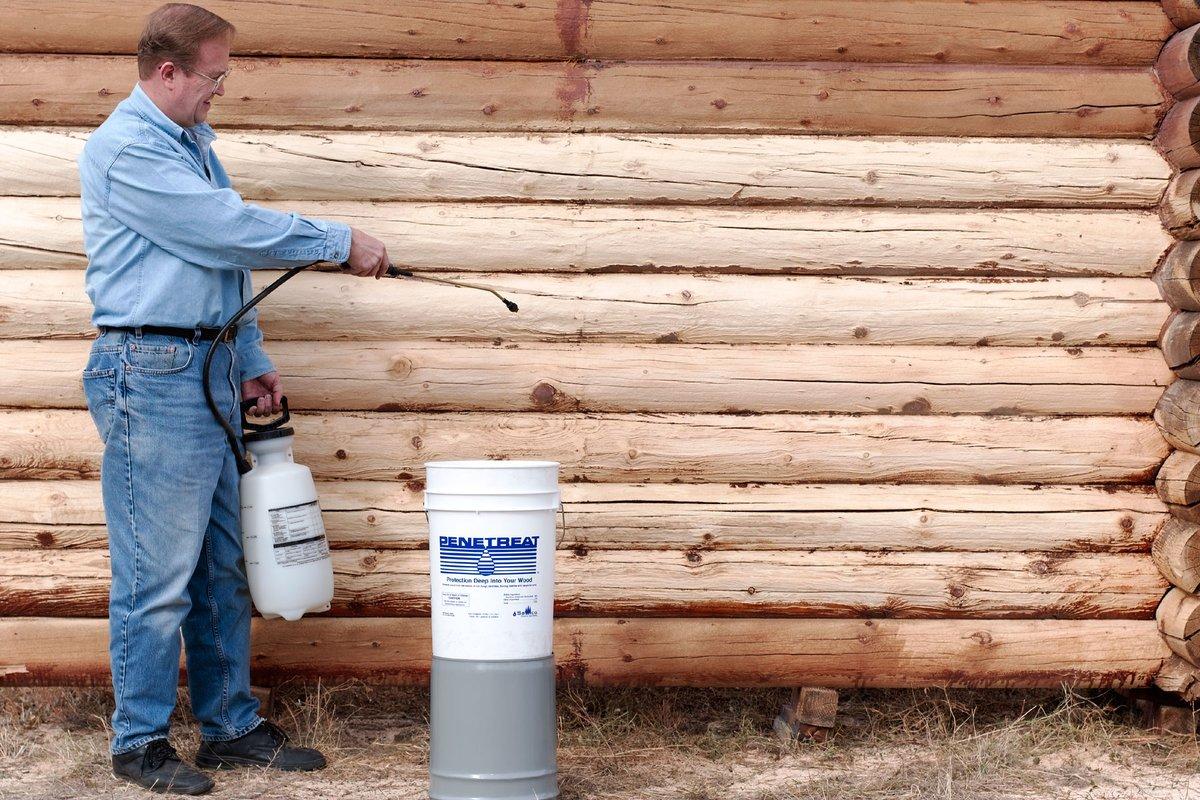 Чем обработать деревянный забор от гниения и влаги: покрыть, пропитать для долговечности на улице